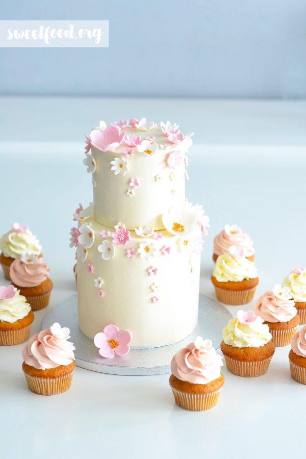 Gâteau fleuri pour la petite Liya